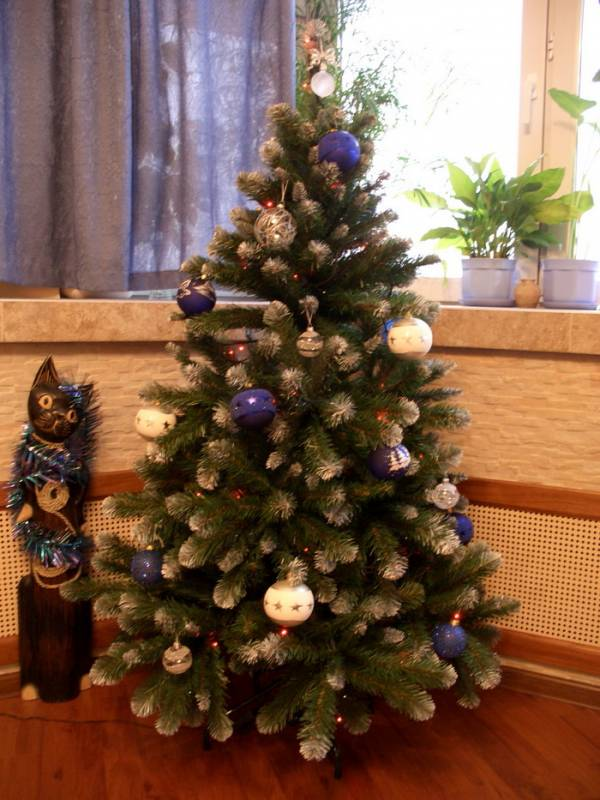 Новогодняя елочка дома фото